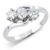 Brilliant Cut 3-stone Diamond Twist Ring